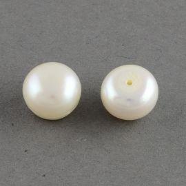 Полу просверленный пресноводный жемчуг класса А. Тёплый белый цвет, полукруглая форма, цена - 4,01 евро за 1 пару.