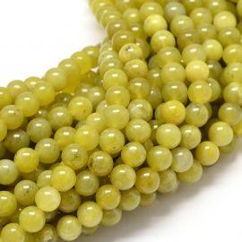 Peridoto karoliukai. Gelsvai žalios spalvos dydis 4 mm