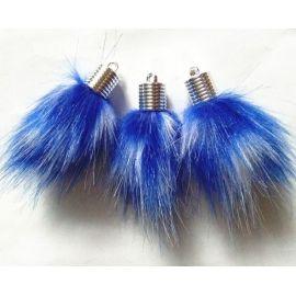 Dirbtinio plauko kailinis bumbulas. Baltos-mėlynos spalvos dydis 14 mm, ilgis 8 mm