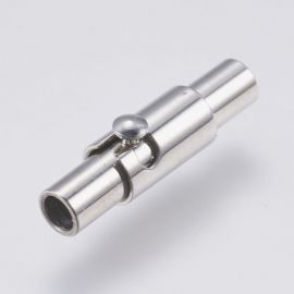 Stainless steel 304 magnetic clasp with additional locking. Platinum size 15x4x4.5 mm