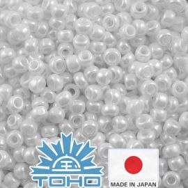 TOHO® Seed Beads Opaque-Lustered White TR-11-121 11/0 (2,2 mm) 10 g.