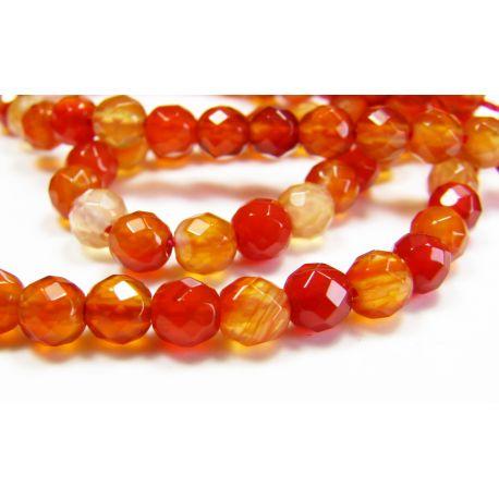 Karneolio karoliukai, rudai oranžinės spalvos, apvalios formos, briaunuoti 4 mm