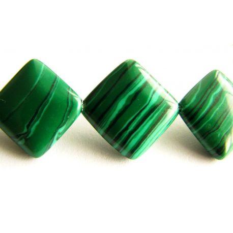 Malachito karoliukai tamsiai žalios spalvos su juodomis juostelėmis rombo formos 12x12mm