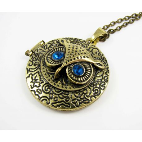 """Pendant - medallion """"Owl"""" with chain, aged bronze color 43 mm"""