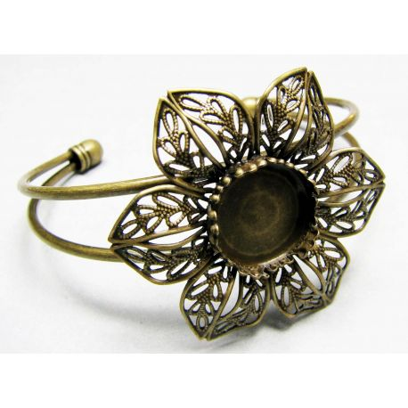 Bracelet with a flower flower for cabochon or kamers suitable for 15 mm