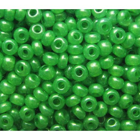Preciosa Seed Beads (17156-10) pearly green color 50 g