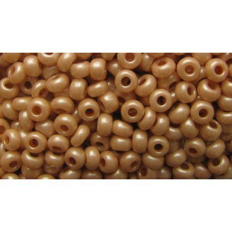 Preciosa Seed Beads (01001) creamy color 50 g