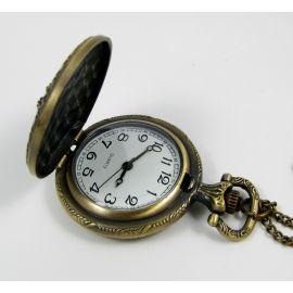 """Kišeninis laikrodis """"Karūna"""", bronzinės spalvos su grandinėle 47x37 mm"""