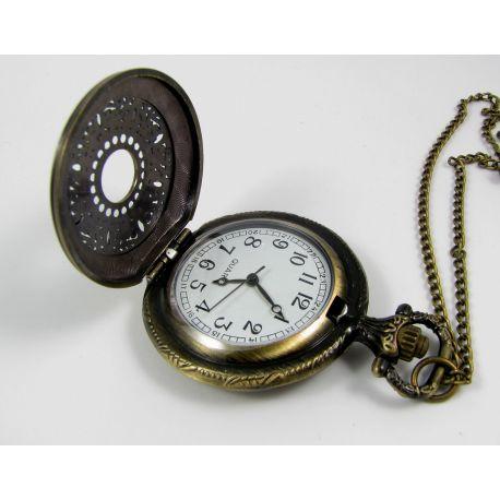 Kišeninis laikrodukas, sendintos bronzinės spalvos su grandinėle ~49x37 mm