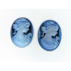 """Диой """"Женский портрет"""" голубой овал 25х18 мм."""