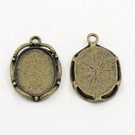 Rėmelis - kabošonui ar kamėjai sendintos bronzinės spalvos, ovalo formos 26x17 mm