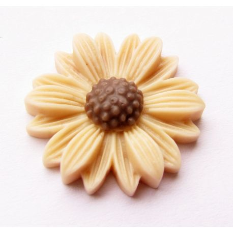 Kama - chamomile for the manufacture of jewelry beige 22x22mm
