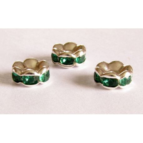 Insert silver encrusted with green apertures 8mm