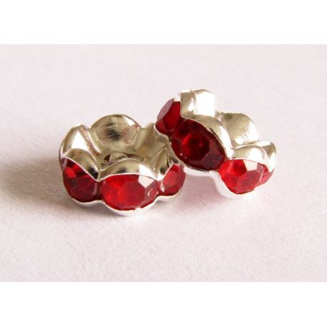 Silver-coloured wavy edges encrusted with red apertures 8mm