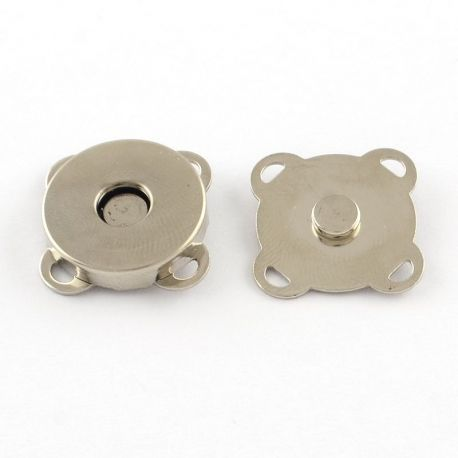 Magnetic linguating clasp, nickel-coloured, 15x15 mm, 4 units.