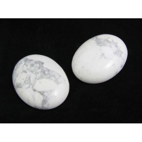 Houlito cabochon gray white, oval 40x30x8mm